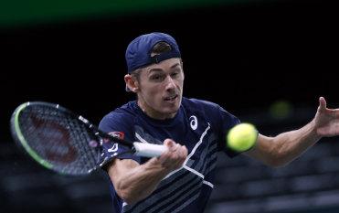 VIP treatment for tennis highlights plight of stranded Australians
