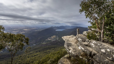 The view from the popular Boroka Lookout in the Grampians National Park.