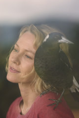 Naomi Watts with a magpie co-star in Penguin Bloom.