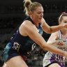 Melbourne Vixens make winning start by over-running Firebirds