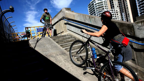Cyclists face long wait before harbour bridge obstacle is overcome
