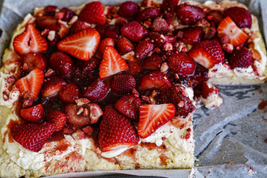 Scone slab with lots of strawberries.