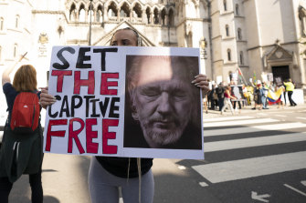 Supporters gathered outside as the High Court heard a US appeal in the extradition case of WikiLeaks founder Julian Assange.