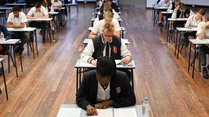 Focus on HSC band six results creating a 'perverse incentive', experts say