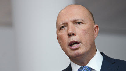 Peter Dutton says war veterans want medevac laws scrapped in appeal to Jacqui Lambie