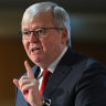 Kevin Rudd accuses UQ of appearing to 'bend the knee to Beijing'