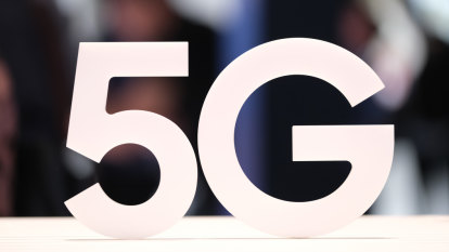 Russian propaganda 'very likely' stoking 5G health fears in Australia: expert claims