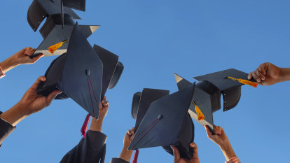 Thousands of university graduates to face worst job market in 30 years