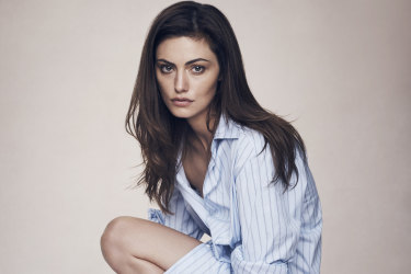 "Phoebe Tonkin: ""I'm an '80s girl. I love that late '80s/early '90s New York kind of vibe: big earrings, shoulder pads, big hair and denim."""