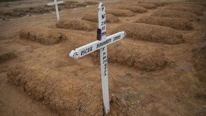 Global deaths from coronavirus pass 1 million