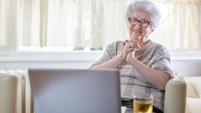 Older Queenslanders embracing new tech from video calls to blogging