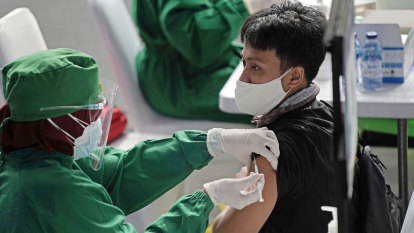 Indonesia approves private vaccine scheme for company employees