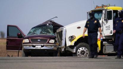 More than a dozen killed in California when truck hits four-wheel drive