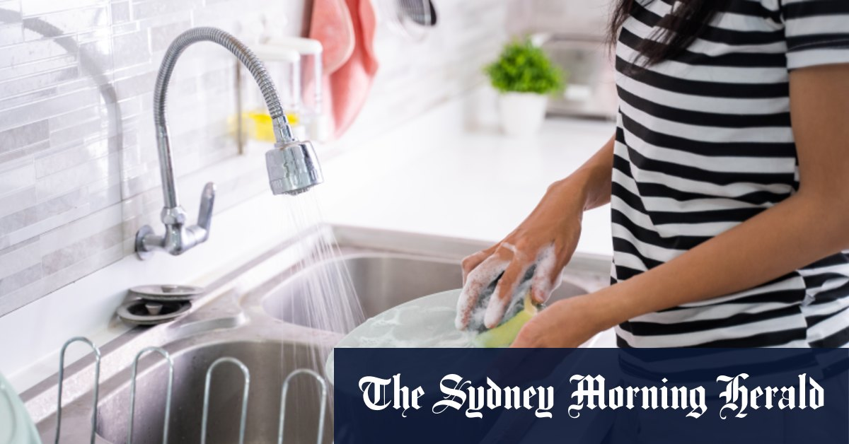 Husband must pay wife $US7700 for years of housework, Chinese court rules