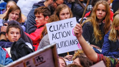'We're worried the planet is dying': Thousands of climate protesters bring CBD to standstill