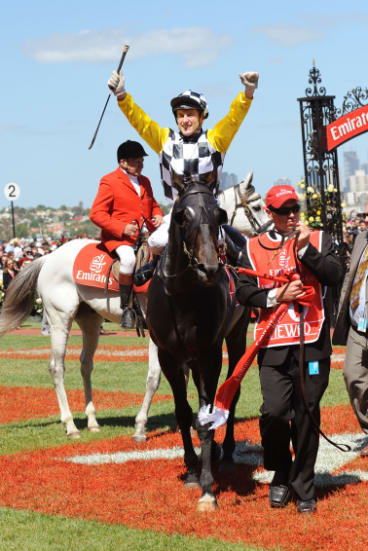 Blake Shinn and Viewed after winning the 2008 Melbourne Cup.