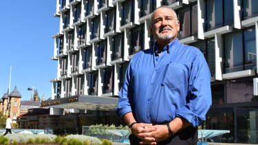 Former MP Larry Graham has come out of retirement to ring alarm bells about the state of local government in Western Australia.