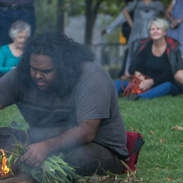 A smoking ceremony at Queen Victoria Gardens.