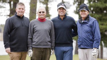Australian cricket legend Shane Warne tees up at Royal Canberra with course superintendent Ben Grylewicz, club captain Kerry Clarke, and club president Damian Farrell.