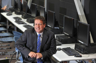 Dale Pearce, principal of Bendigo Secondary College, created the Victorian Virtual Learning Network to give students more access to VCE subjects