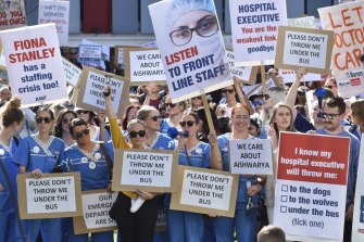Nurses and doctors protest ourside Perth Children's Hospital on May 25.