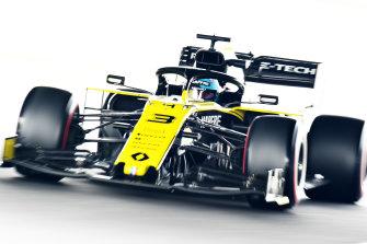 Ricciardo practising at Suzuka.