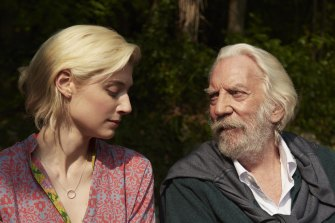 An actor of 85 brings his past with him: Elizabeth Debicki with Donald Sutherland as artist Jerome Debney.