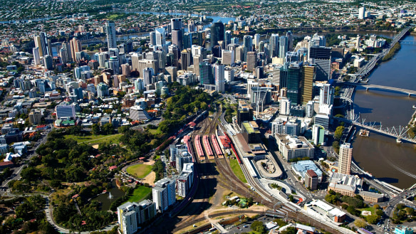 Brisbane Lord Mayor calls for CBD exodus