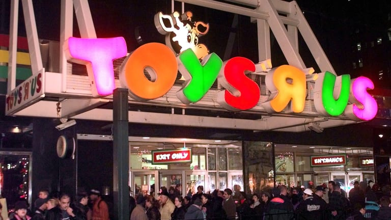 Toys 'R' U will close all its US stores.