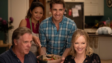 Erik Thomson and Rebecca Gibney return as Dave and Julie Rafter in Back To The Rafters.