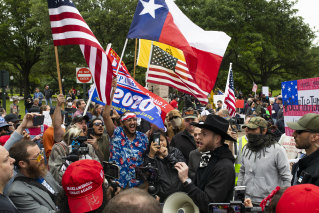 Demonstrators in Texas demand that lockdown restrictions are lifted.