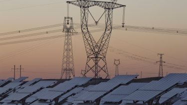 The power problem doesn't lay with coal or renewables as much as the poles and wires, the Grattan Institute said.
