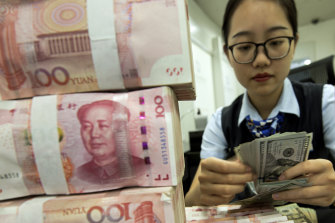 China and Russia are among the countries trying to reduce their exposure to the US dollar by trading in their own currencies.