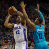 Injured Simmons on hand to watch 76ers beat Hornets