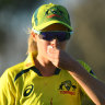 Sophie Molineux was bloodied as India ended Australia's 26-ODI streak.