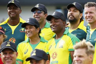 Sachin Tendulkar, centre left, at the Bushfire Cricket Bash legends match.