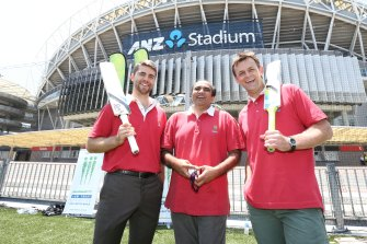 Darshak Mehta with former NSW batsman Ryan Carters and Test great Adam Gilchrist.