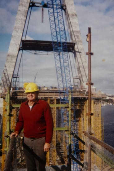 """A very cranky bridge"": John Eveston at work on Anzac Bridge in 1994."