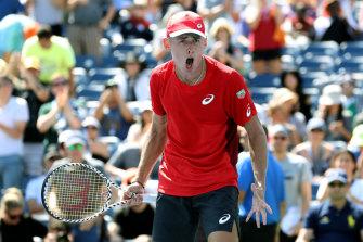 Alex de Minaur has surged into the US Open fourth round.