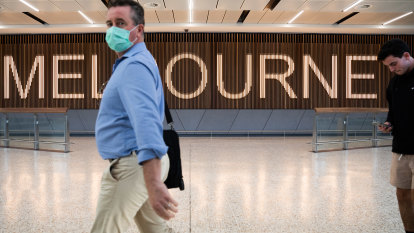 Victoria trials home quarantine for vaccinated overseas travellers