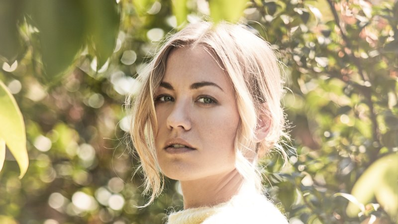 Yvonne Strahovski On Motherhood The Handmaid S Tale And Angel Of Mine #tim loden #timothy loden #timmy loden #yvonne strahovski #loden #chuck #dexter #zachary eye`prime even uploaded pictures with her and tim loden enjoying their holiday in hawaii,maui. yvonne strahovski on motherhood the