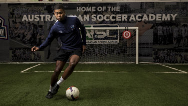 Sydney teenager Ikko Ehode Arimoto is set to move to La Liga club Villarreal once travel restrictions are lifted.