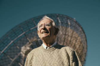 David Cooke in front of the Dish at Parkes Observatory.