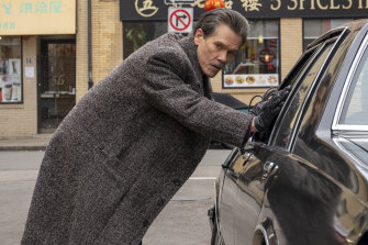 Kevin Bacon plays heavy-drinking, coke-snorting FBI agent Jackie Rohr in City On A Hill.
