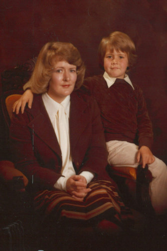 Anderson aged seven with his mum Christine.