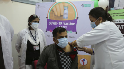 India kicks off 'world's largest' vaccination campaigns in fight against COVID-19