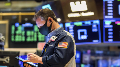 US stocks rise, helped by steady bond yields and Powell remarks