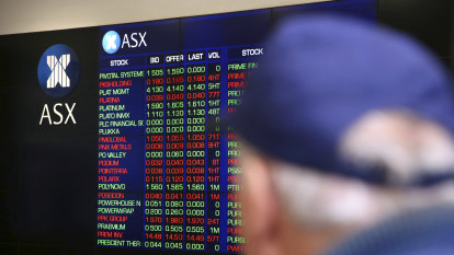 ASX closes lower as Westpac goes ex-dividend, miners fall