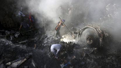 Pilots in fatal Pakistan plane crash were distracted by coronavirus, minister says