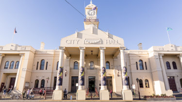 Richmond Town Hall.